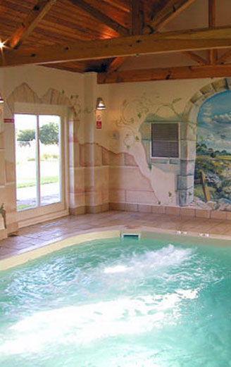 holiday cottages with a swimming pool